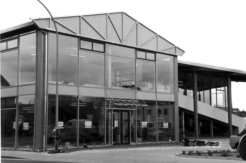 AH-Wagner-Geschichte-glaeserne-Fassade